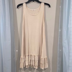 NWOT Easel layer dress